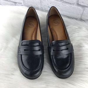 Nurture Wedge Black Shoes